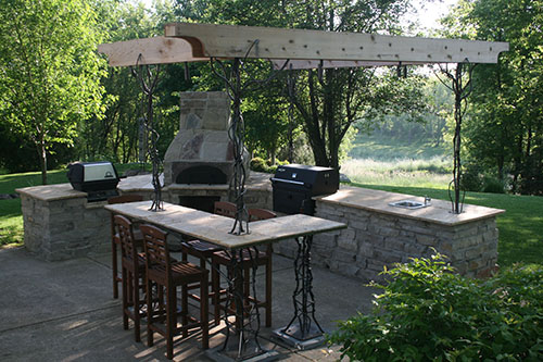 MetalSmith's Custom Outdoor Kitchen Accents