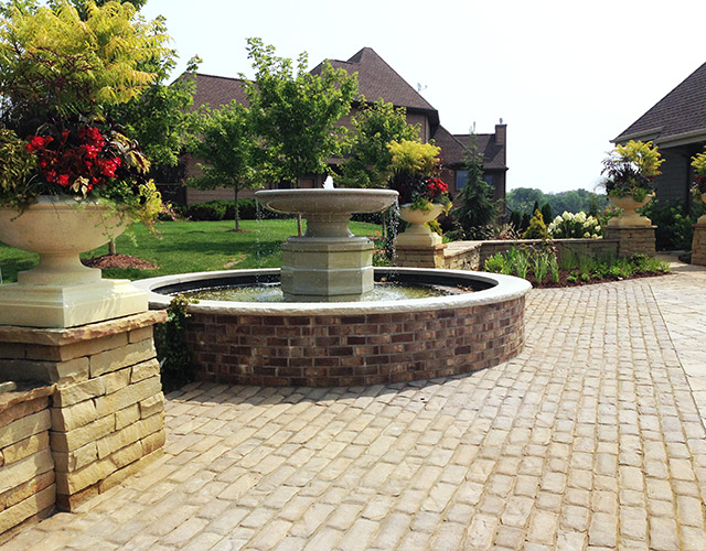 Outdoor Decorative Water Fountain Sales in Minneapolis, St. Paul