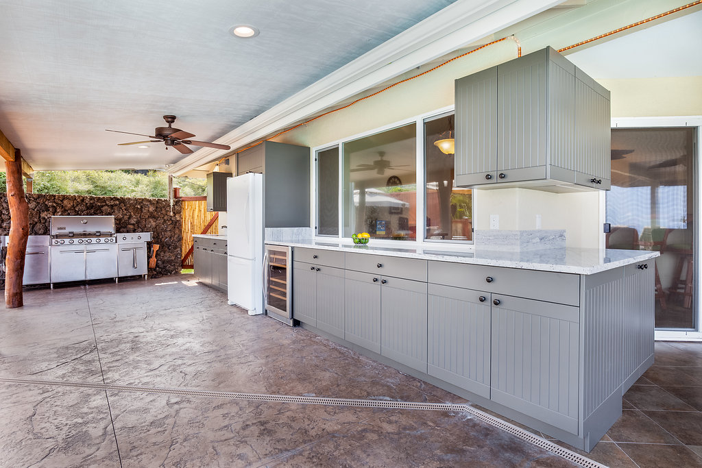 Open Air - Cape cod beadboard gray outdoor kitchen Twisted Elements mn